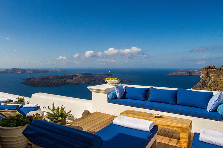 Best honeymoon hotel in Greece