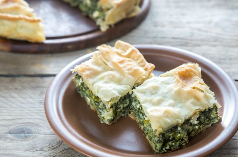 Spanakopita; what to eat in Athens