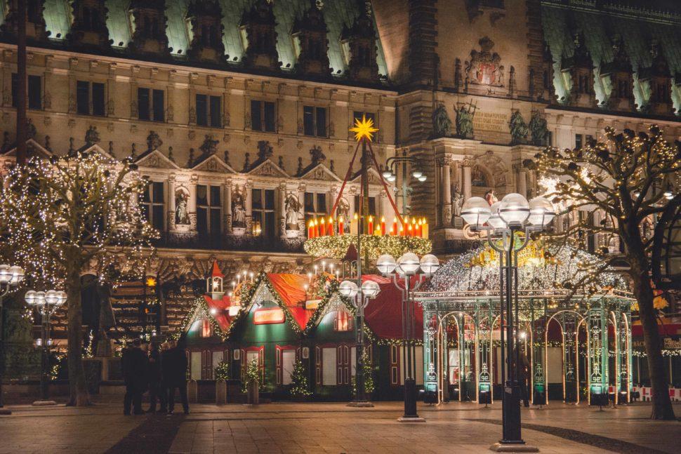 Mr & Mrs Smith | Christmas markets in Europe | Hamburg