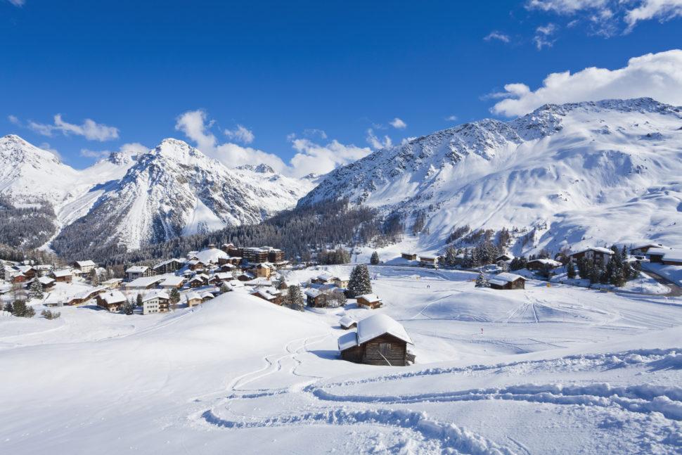 阿莎,瑞士