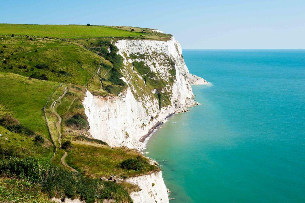 Cliff in Dover, Mr & Mrs Smith