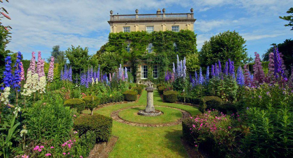 Highgrove Royal Gardens, Mr & Mrs Smith
